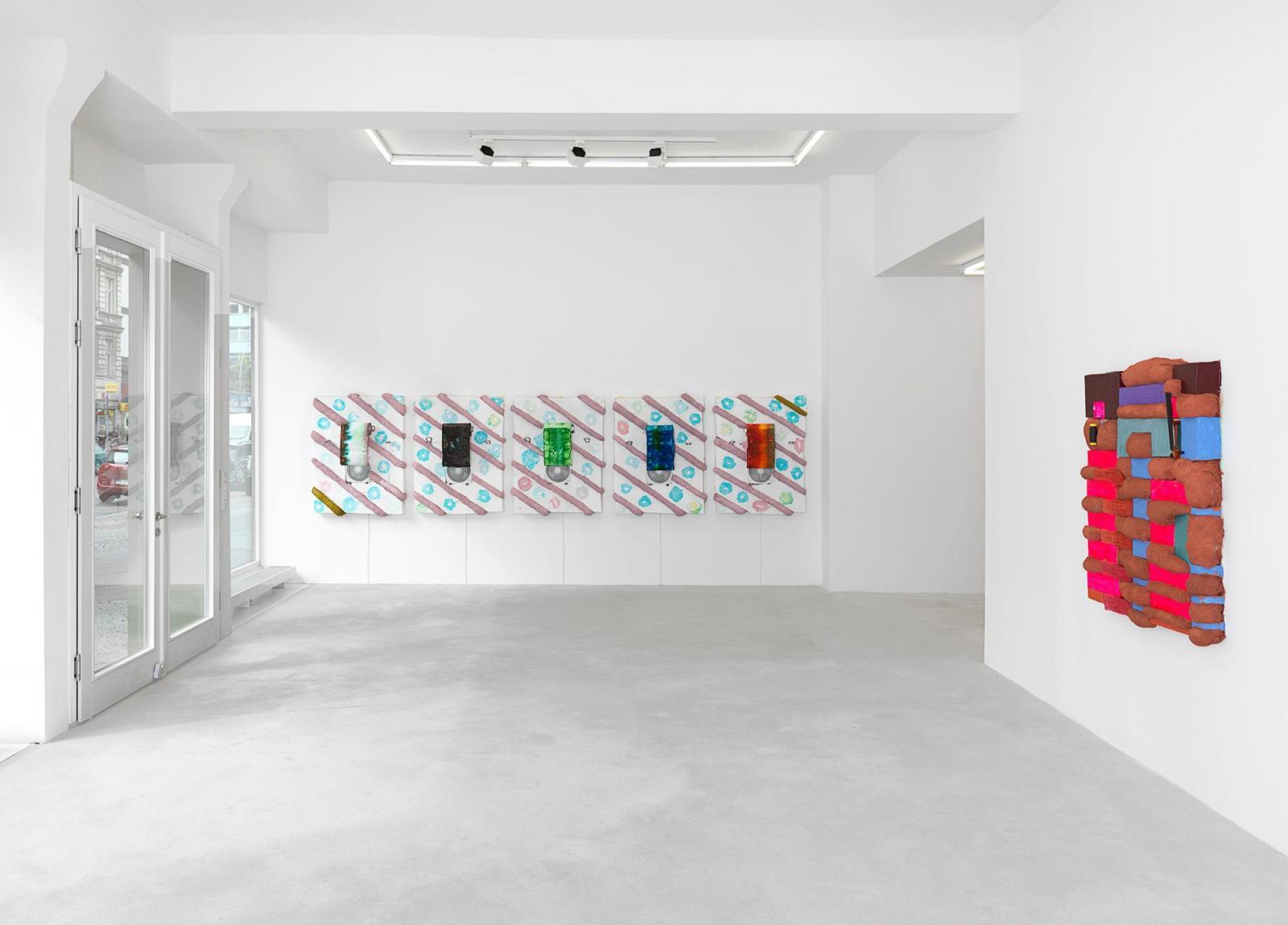 "Installation view, Brian Belott, ""Circa Skippy"", Tanya Leighton, Berlin,  2020; Courtesy of the artist and Tanya Leighton, Berlin; Photo: Nick Ash"