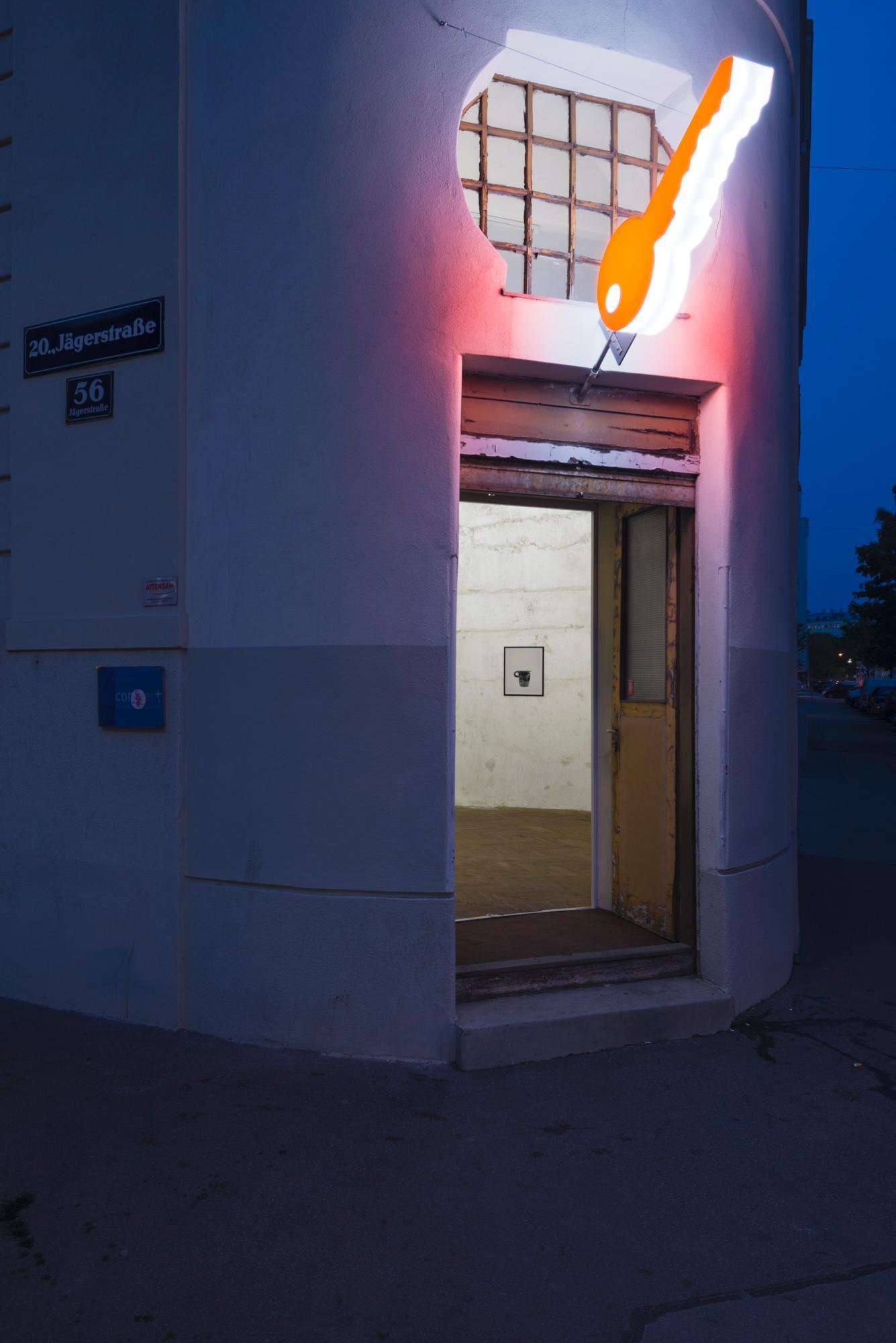 "Georg Petermichl ""universal thoughts: key, vase, ashtray, step, shelf, book, wall."" (2016) at  New Jörg Photo: Peter Mochi"