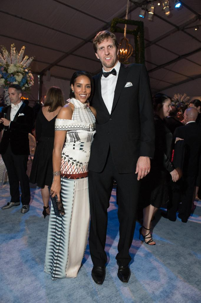 Jessica and Dirk Nowitziki at the Dallas Museum of Art – Art Ball