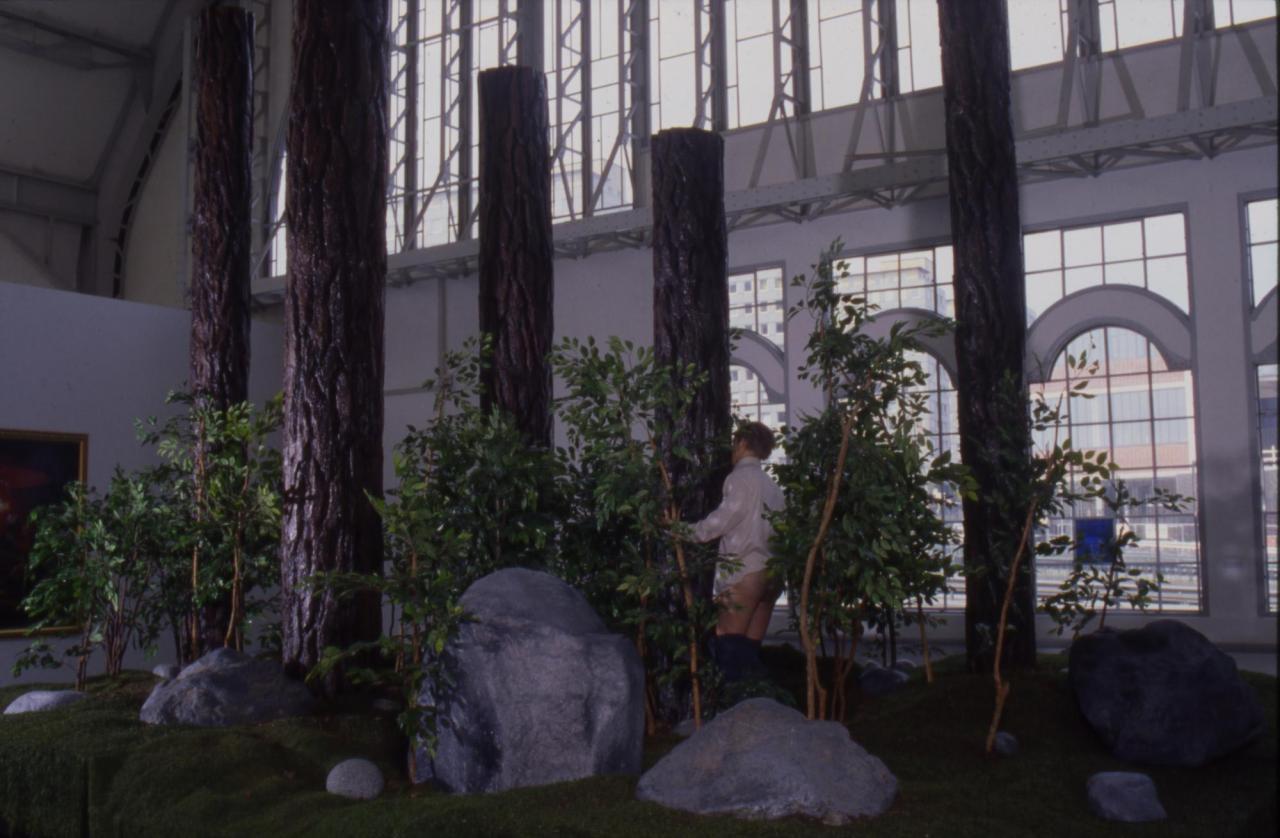 Paul McCarthy, The Garden , 1991-92 Installation viewDeichtorhallen, Hamburg 1993 Photo: Wolfgang Neeb
