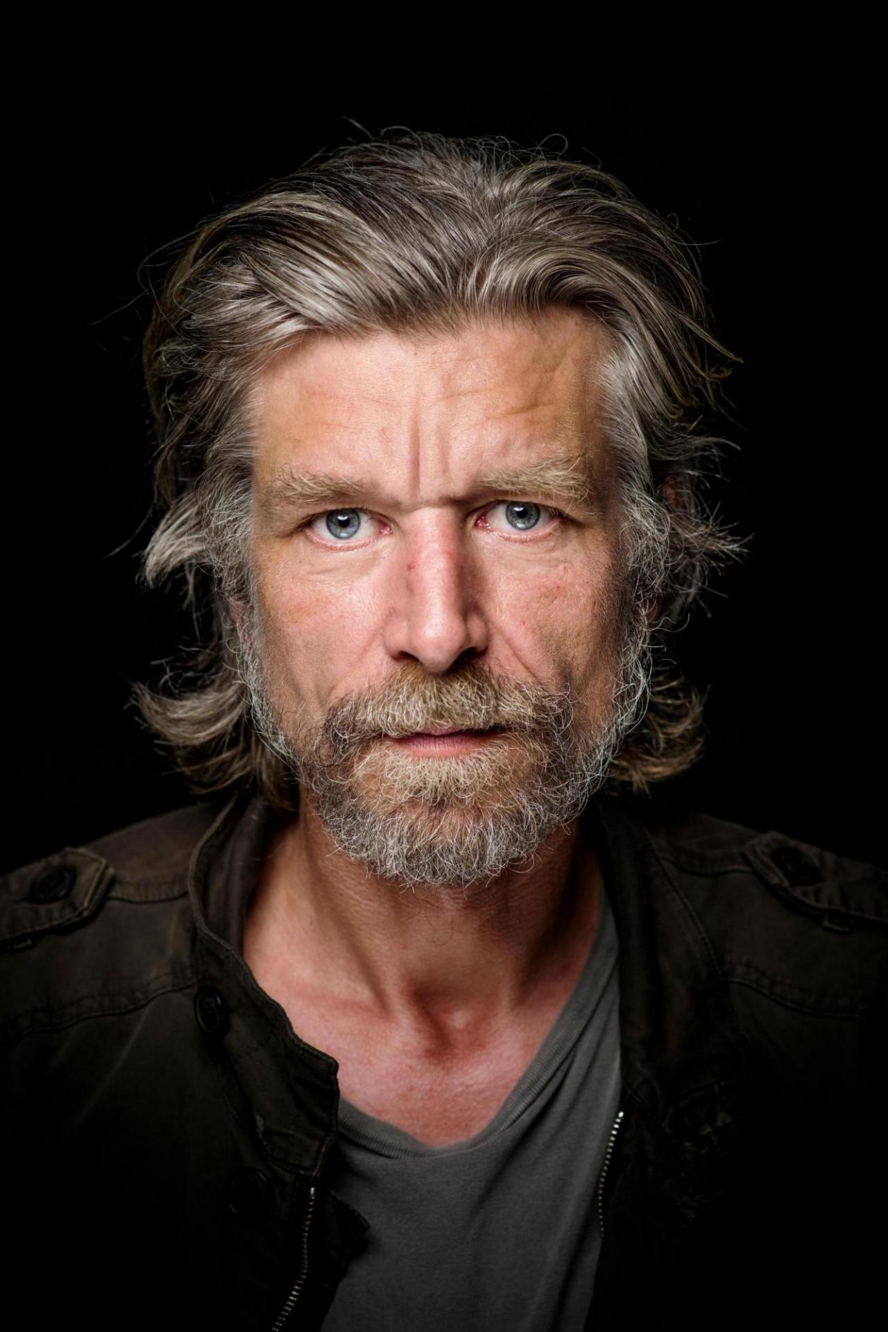 Karl Owe Knausgaardvon André Løyning