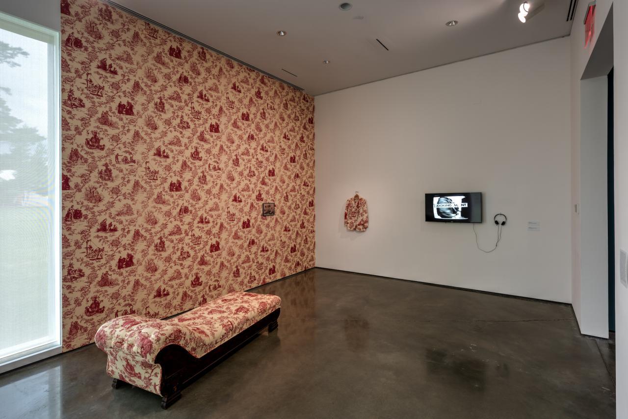 Renée Green, Taste Venue, 1994 Mixed media sculptural installation with video