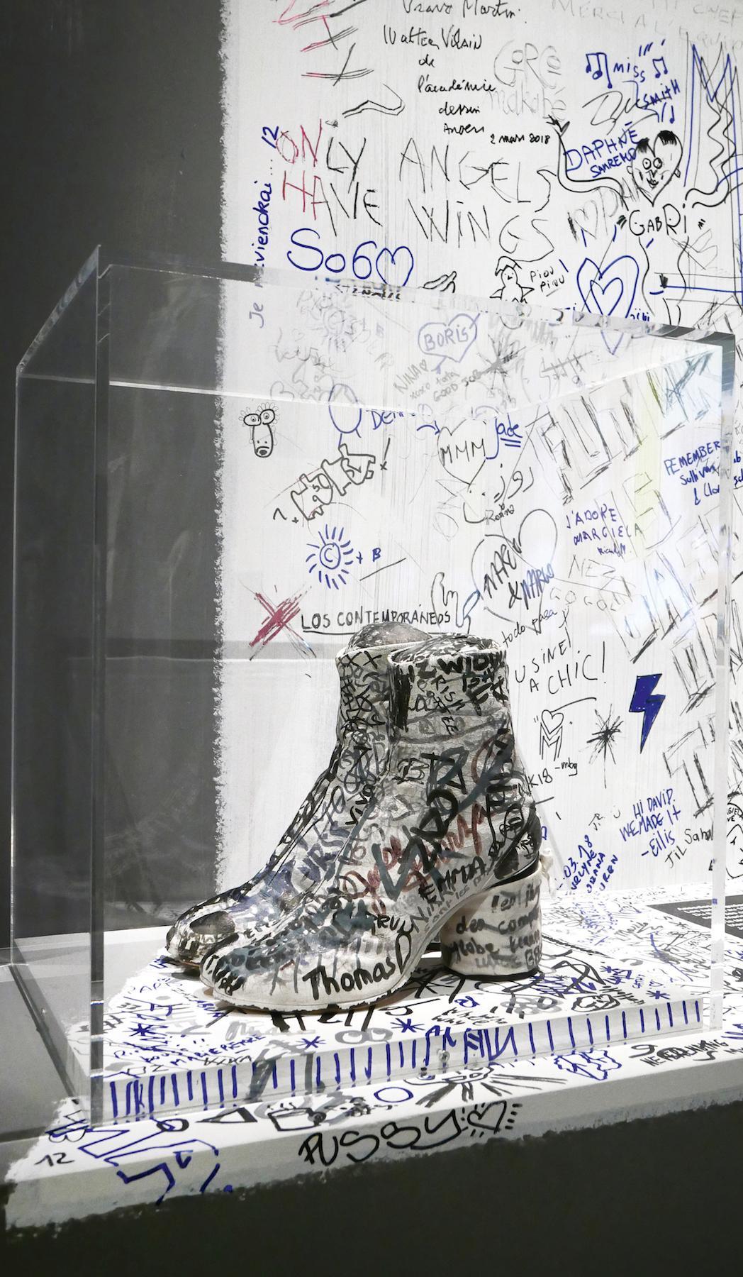 Tabi Boots with Graffiti, 1991 Photo:© Marina Faust