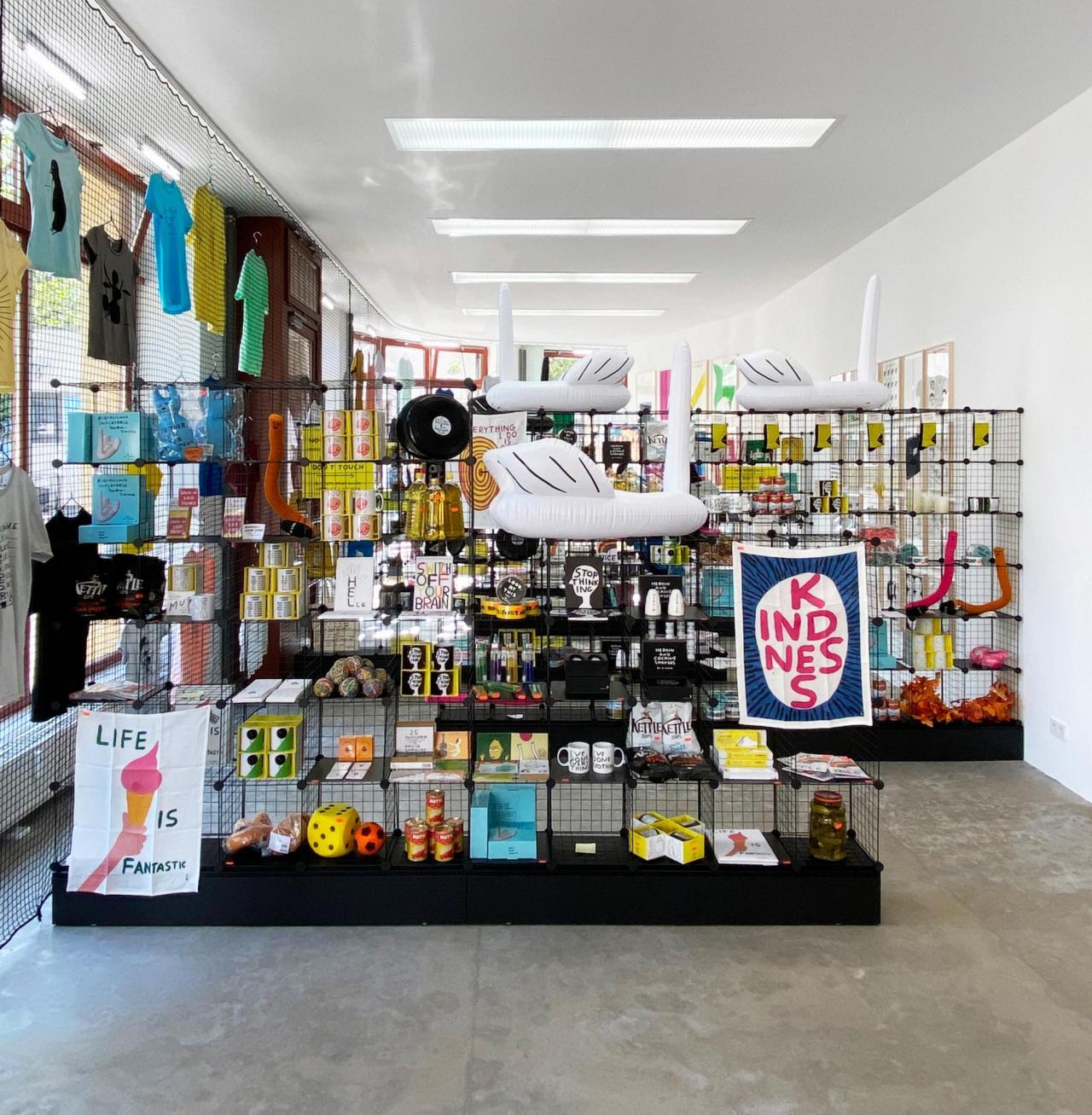 "Installation view, David Shrigley, ""Very open, very closed"", BQ Berlin, 2020"