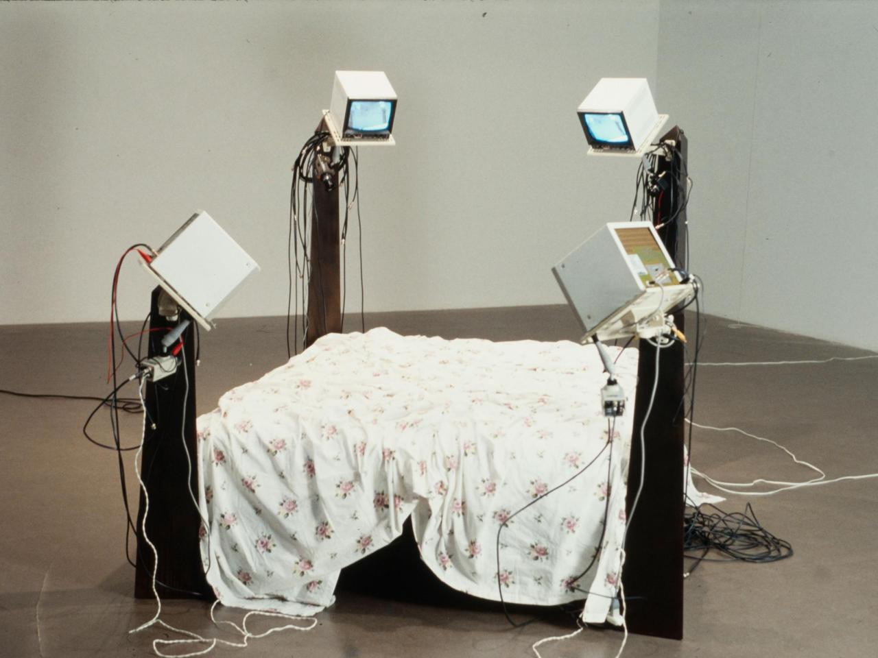 Julia Scher Surveillance Bed III , 1994 180 x 240 x 180 cm