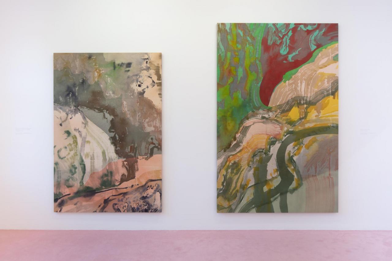 Left: Vue du torrent du Valentin dans le parc des Buttes Chaumont au sud , 2020 Acrylic on canvas, 197 x 138 cm Right: Capriccio à Paris , 2020, Acrylic on canvas, 160 x 250 cm
