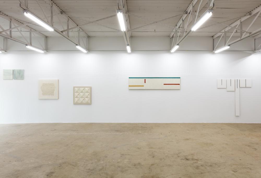 """Meandering, Abstractly"" (2017),installation view atgalerie frank elbaz Courtesy galerie frank elbaz,Photo: Kevin Todora"