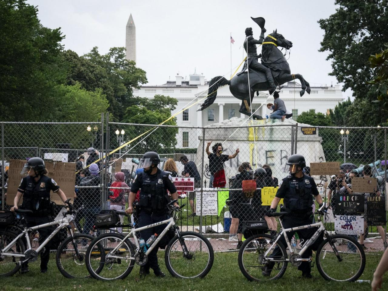 Protesters pulling down monument of Andrew Jackson, June 22, 2020.