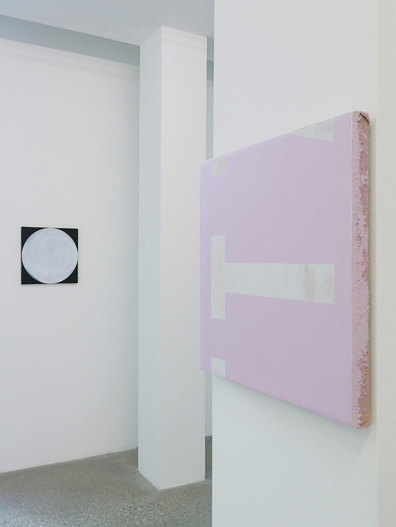 """""""Nicolas Jasmin and Other Works"""" Exhibition view at Belvedere 21 Left: O.T. (FULL #5) , 2018 Right: O.T. #38 (VTTZ) GEHEIMSPRACHE ROSA , 2018 Courtesy the artist and Croy Nielsen, Vienna"""
