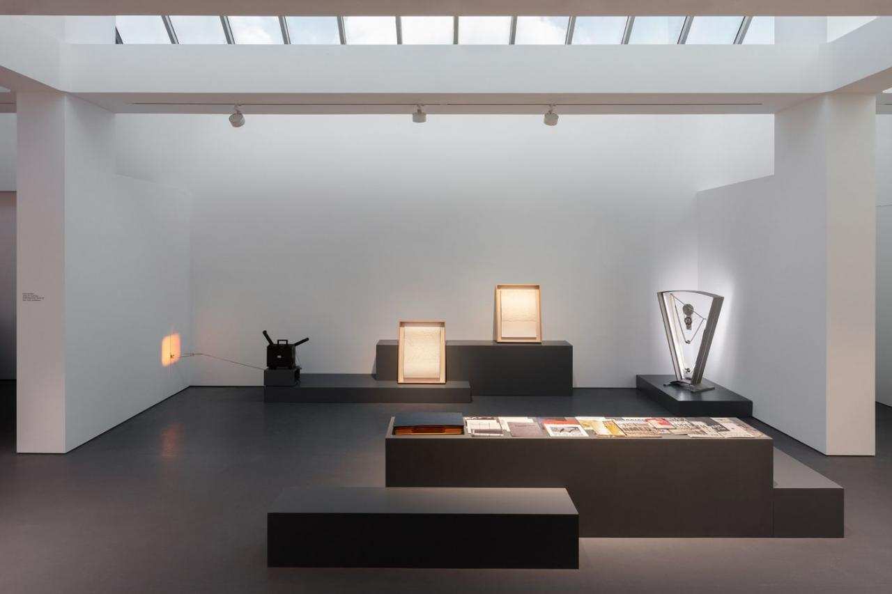 """Installation view of """"Rosa Barba: Fixed in Fleeting"""",Galerie Esther Schipper. Photo: Andrea Rossetti"""