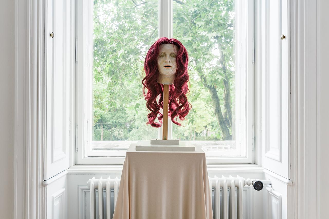 Soshiro Matsubara,  Portrait of Alma Mahler , 2020 (detail), glazed ceramics, artificial hair, wood, fabric, 153 × 30 × 30 cm