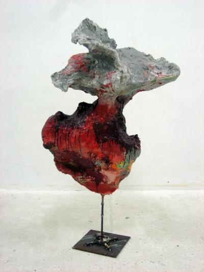 O.T ., 2007 Paper maché,paint, metal All images: Courtesy Galerie Meyer Kainer Foto: Atelier West