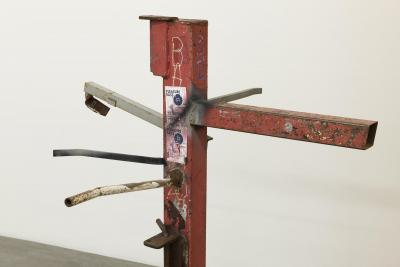 Manfred Pernice, Baum , 2020, metal, iron, 138 x 97 x 93 cm