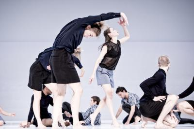 Figure a Sea, 2015 Dancers of the Cullberg Ballet: In the front: Unn Faleide, Eleanor Campbell, Samuel Draper.  In the back: Barry Brannum, Eszter Czédulás, Paolo Mangiola Photo: Urban Jörén