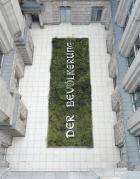 Hans Haacke Der Bevölkerung (2000),installation view Bundestag, Berlin